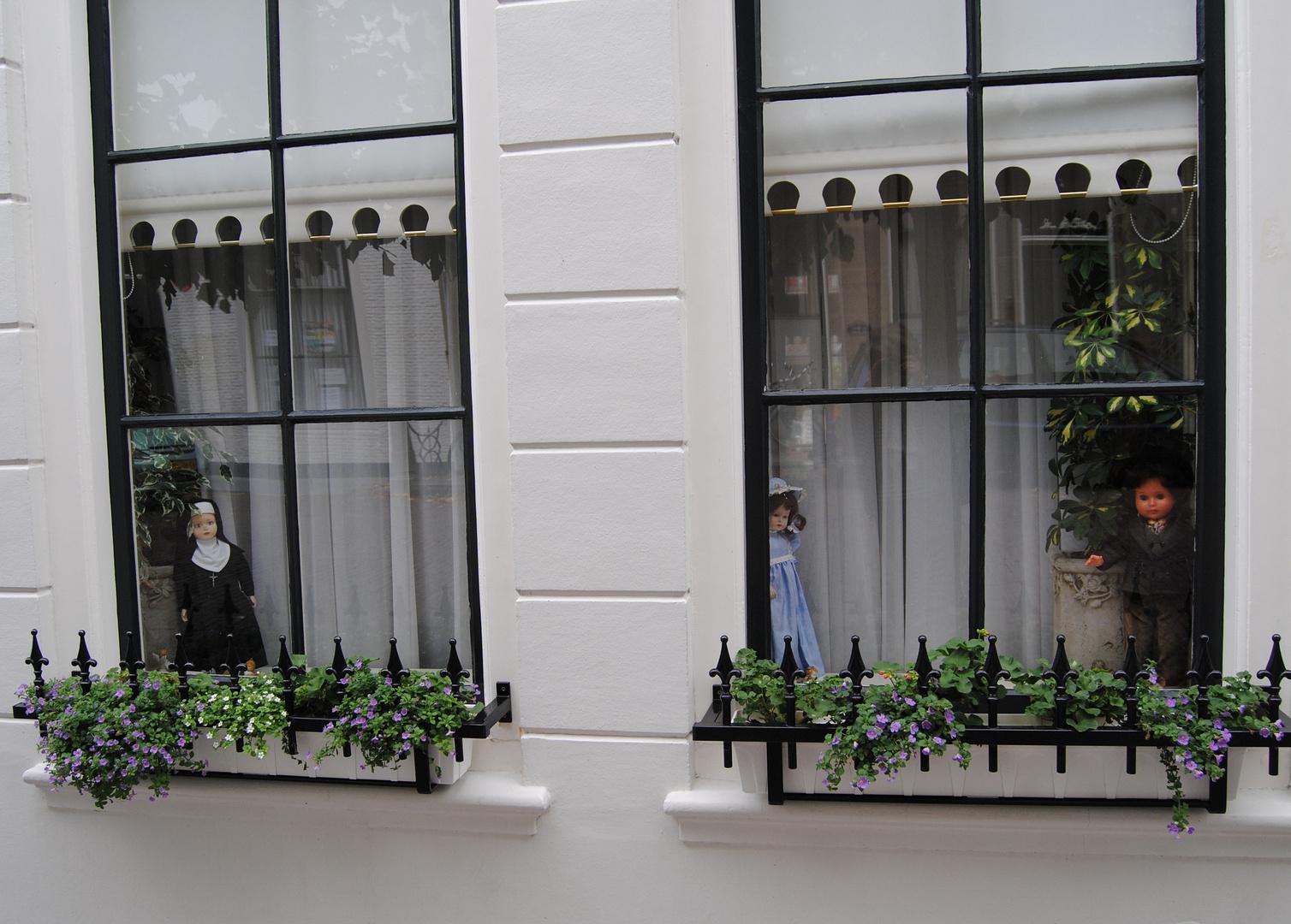 Fensterpuppen