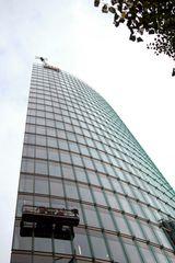 Fensterputzer am DB Gebäude