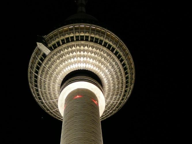 Fernsehturm Berlin bei Nacht