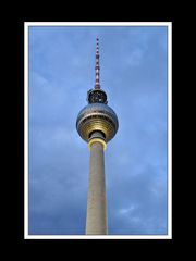 Fernsehturm zur Blauen Stunde