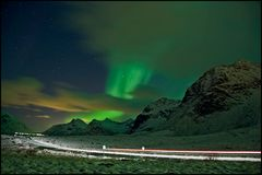Fernverkehrsstrasse auf den Lofoten