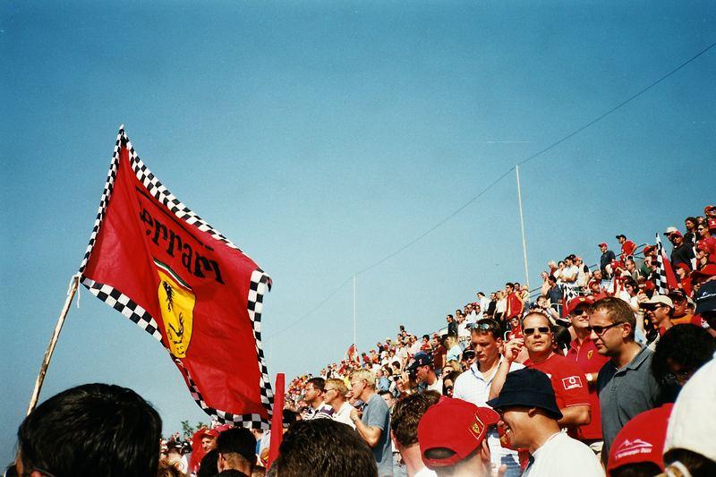 Ferrari-Fans in Monza 2002