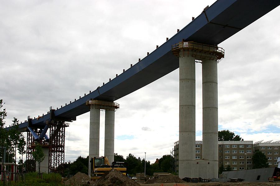 Fertigstellung 2007: Die neue Rügenbrücke