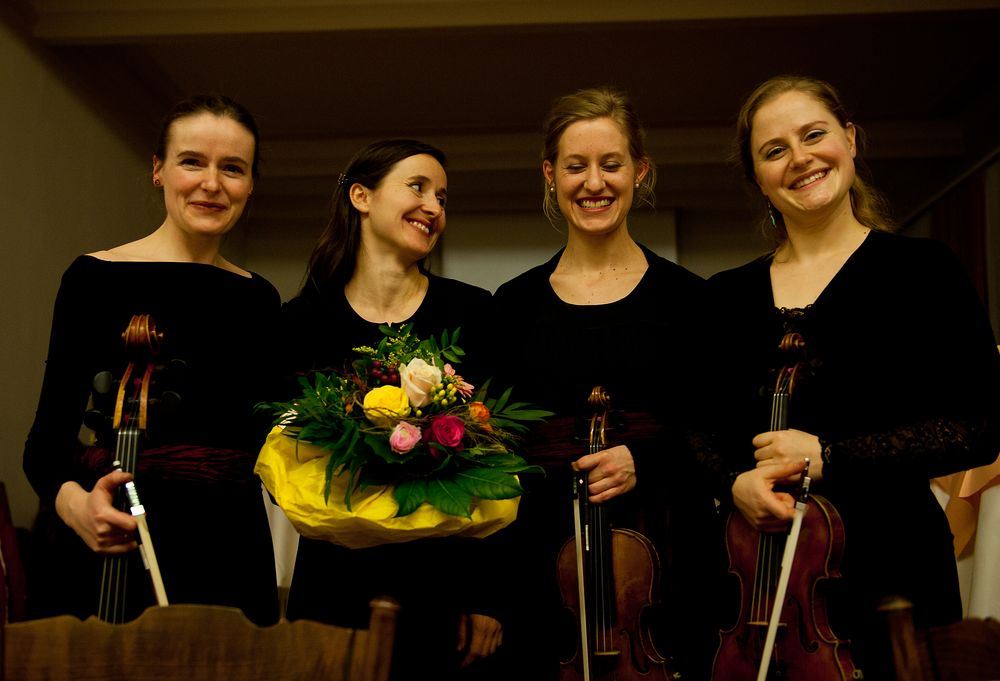 fesche Damen, die Mitglieder des  Faust Quartetts aus der Schweiz