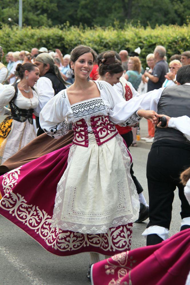 Fesche Tänzerin