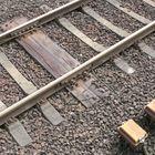 Fester Schienenstoß auf Doppelschwelle