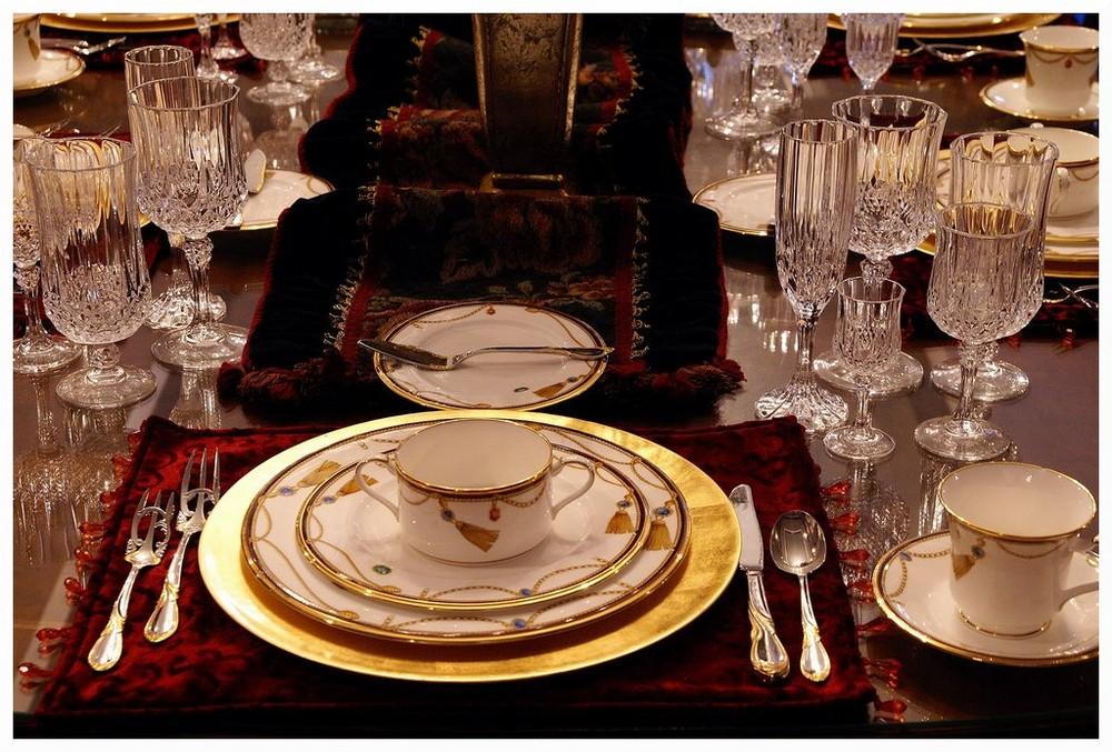 festlich gedeckte tafel zuhause bei jr ewing foto bild north america united states texas. Black Bedroom Furniture Sets. Home Design Ideas