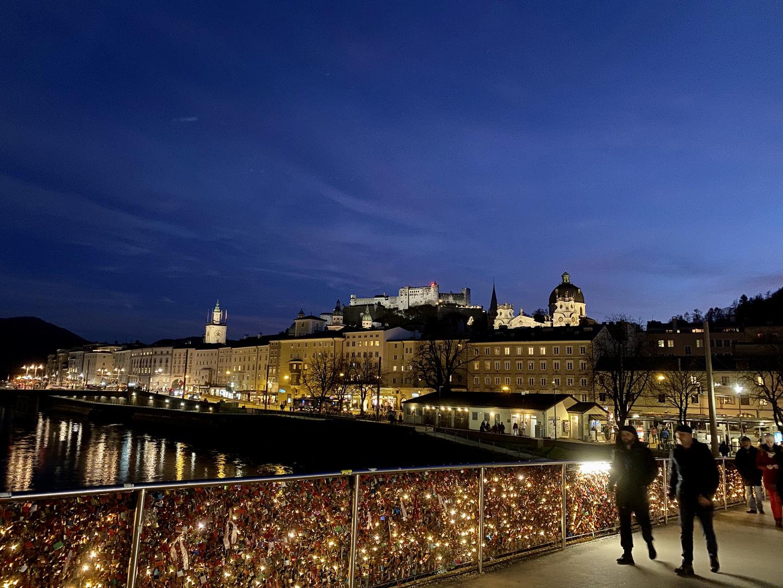 Festung Hohensalzburg bei Nacht