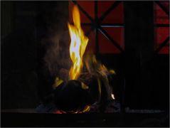 Feuer im Feuertempel