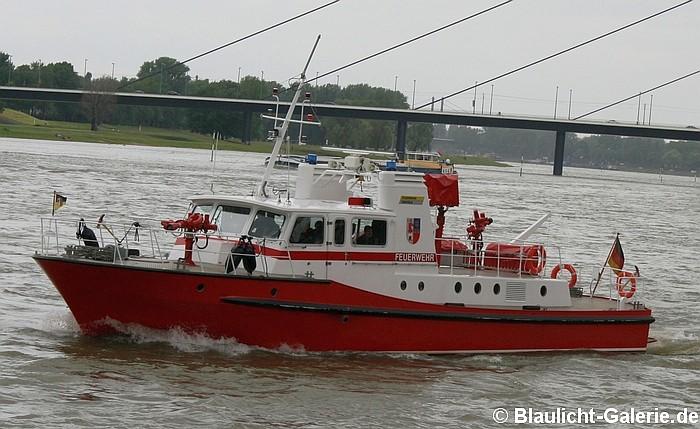 Feuerlöschboot Feuerwehr Krefeld