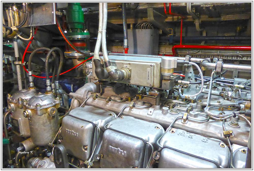 Feuerlöschboot - Technikräume im Boot unten - 2