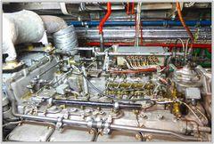 Feuerlöschboot - Technikräume im Boot unten - 3
