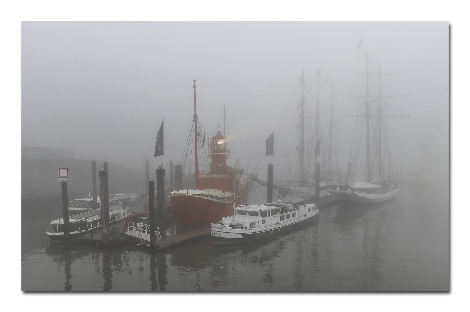 Feuerschiff LV 13 im Nebel (Hamburg 2019)