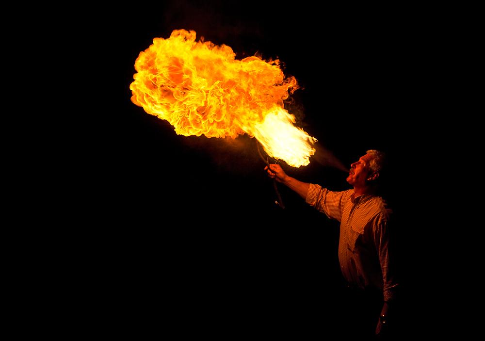 Feuerschlucker in Aktion