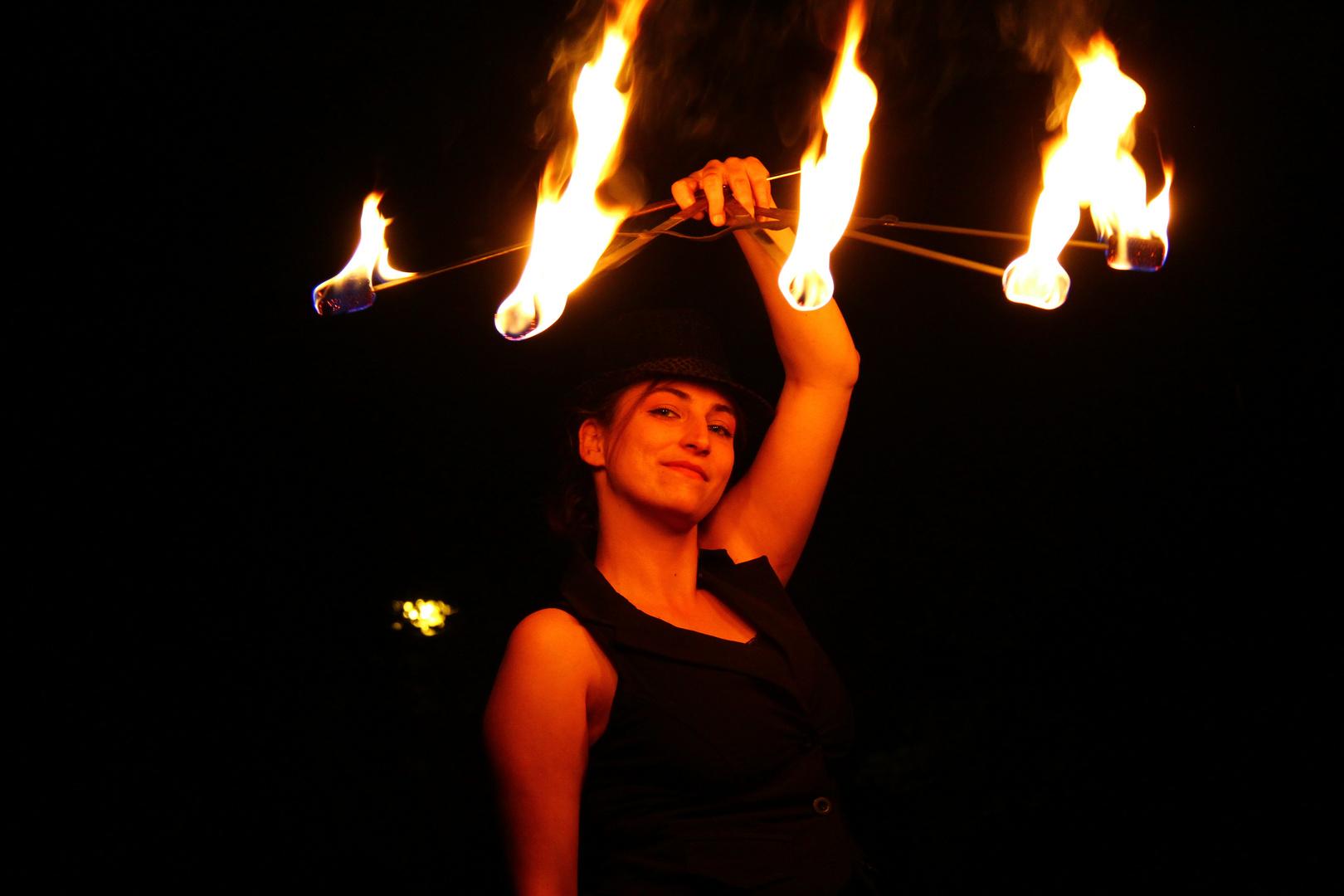 Feuershow Halle 2