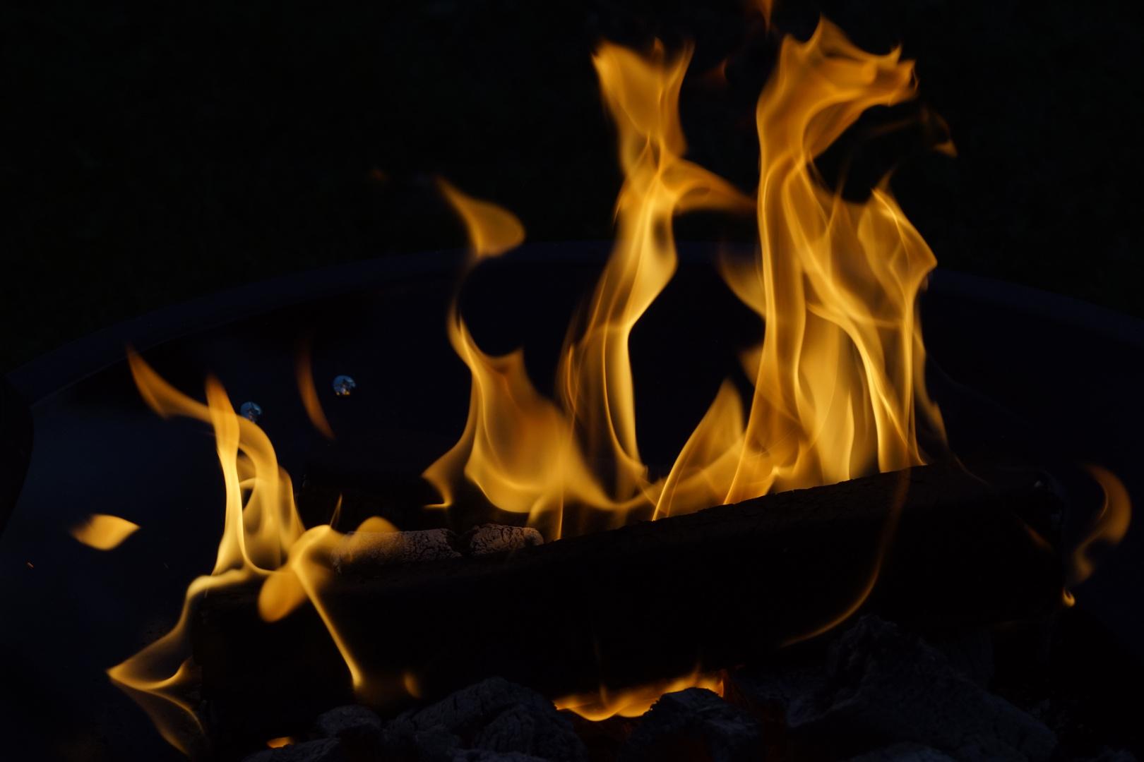 Feuerspiel