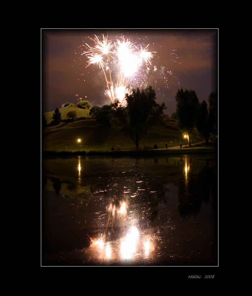Feuerwerk am Olympiaberg