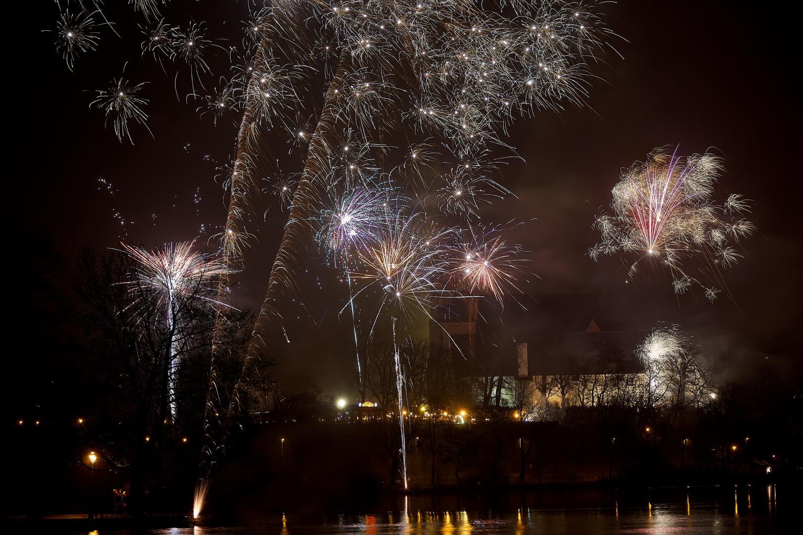 Feuerwerk am Schlossteich