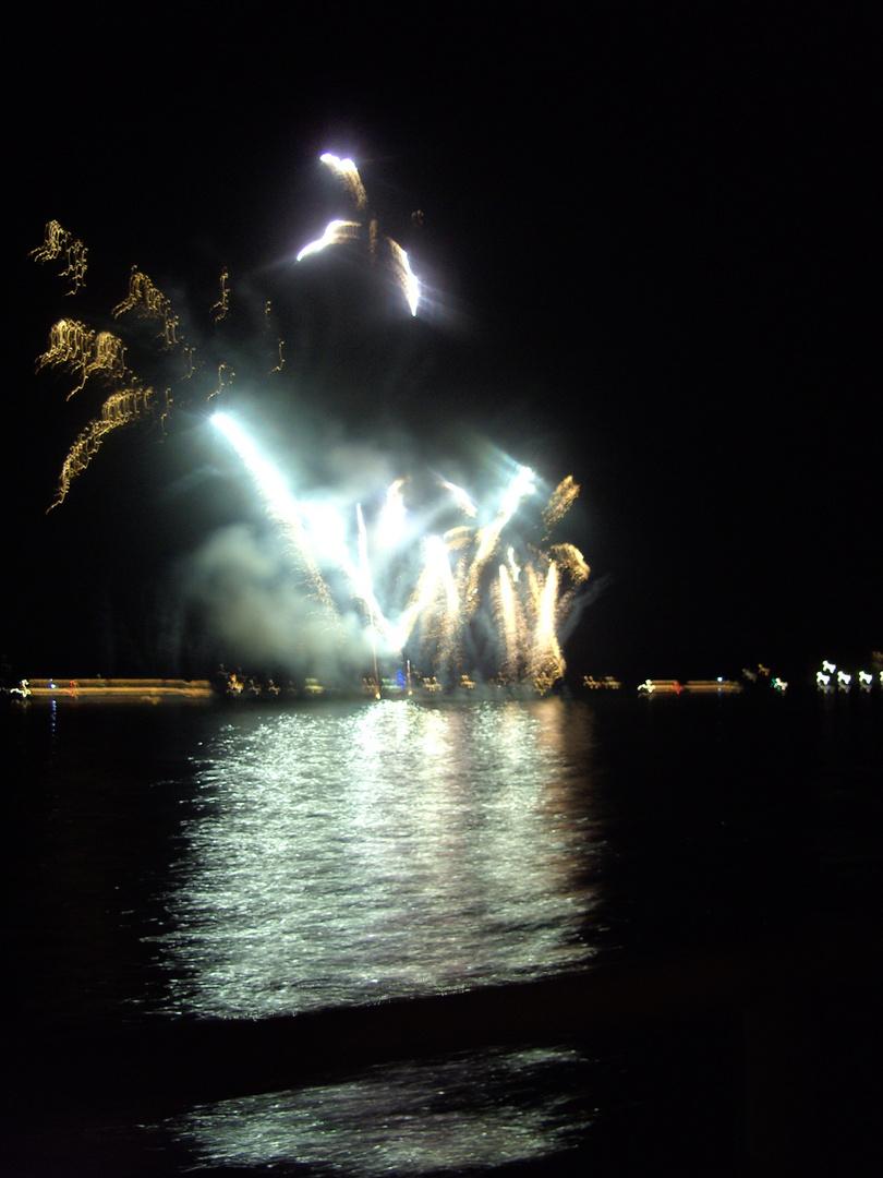 Feuerwerk am Wannsee ca 1 Stunde