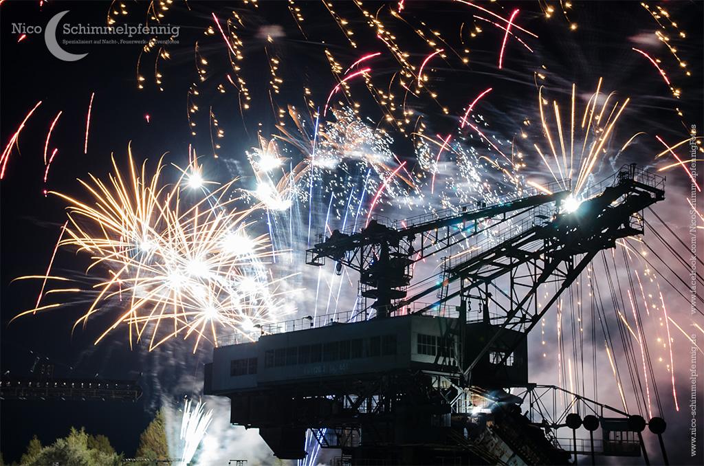 Feuerwerk Ferropolis