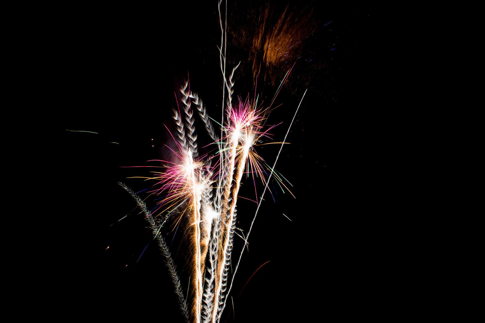 Feuerwerk in Getreide Form 2
