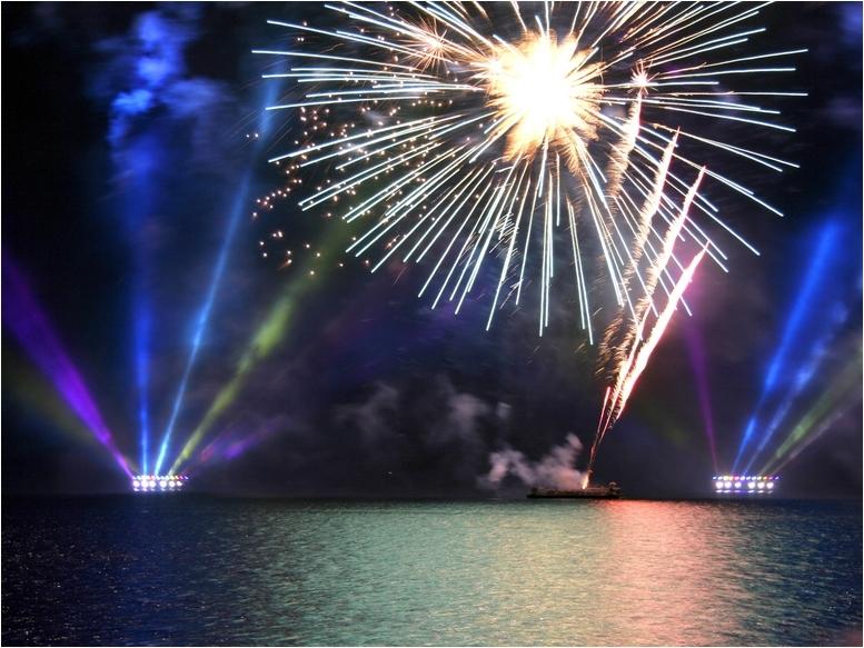 Feuerwerk über dem Plöner See