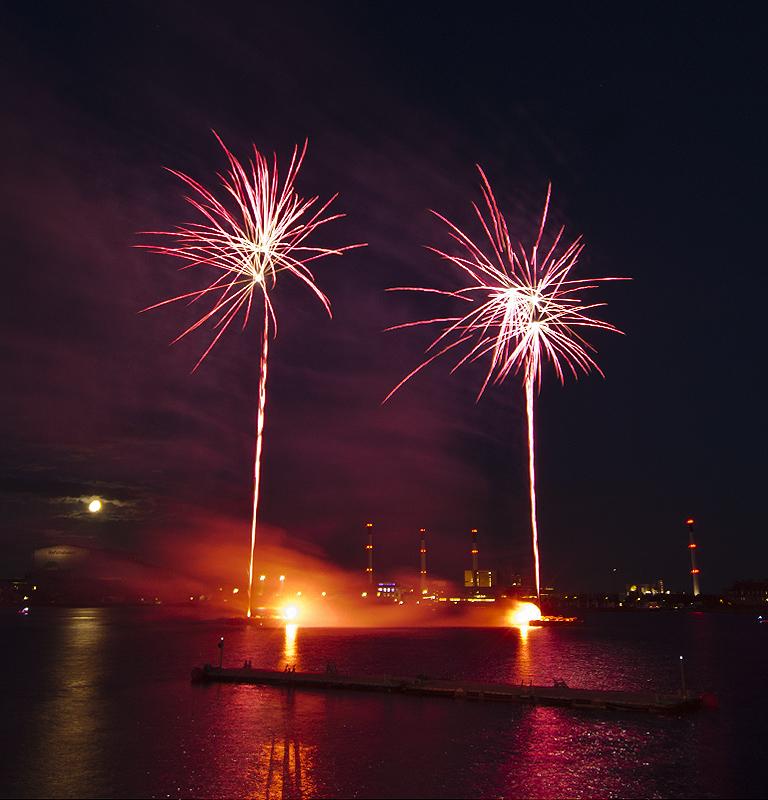 Feuerwerk zum Geburtstag der kleinen Meerjungfrau