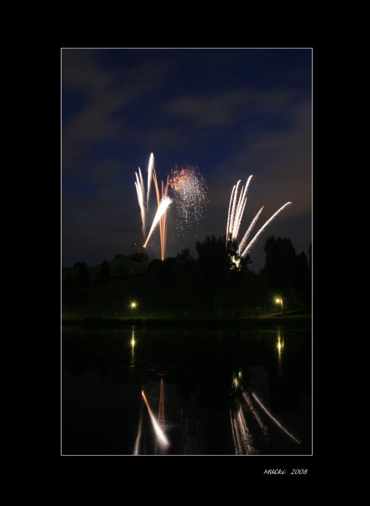 Feuerwerk zur 20 Jahrfeier  - Tollwood Sommerfestival - München