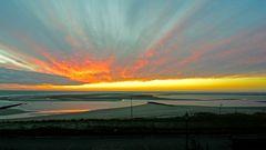 Feuriger Sonnenuntergang am 11.03.20 am Borkumer Hauptstrand