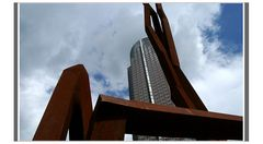 ffm: Messeturm rostrot