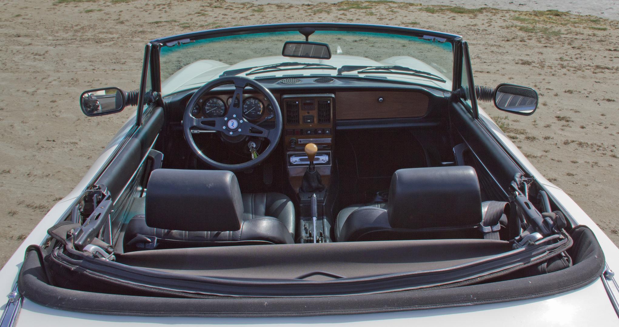 Fiat 124 Spider 3