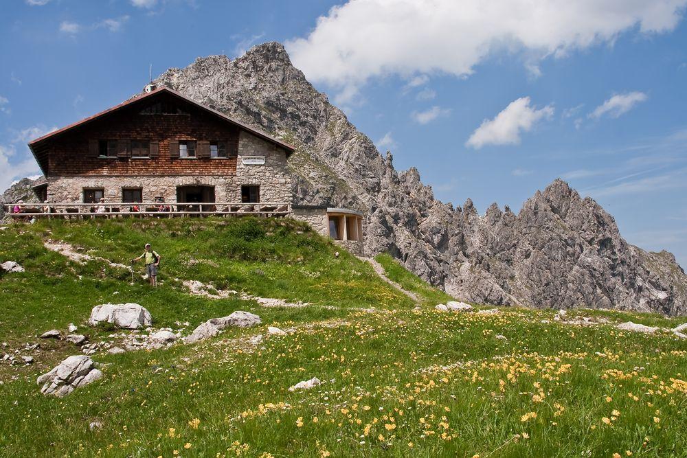 Fiderepass-Hütte 2.070 m