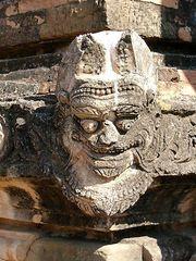 Figur am Sulamani Tempel