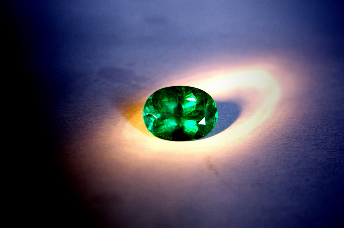 Fine colombian emerald