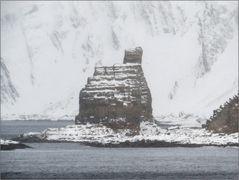 Finnkirka in leichtem Schneegestöber