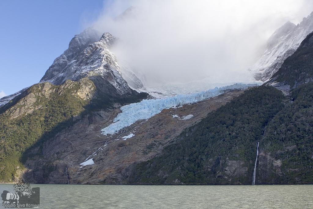 Fiordo de Última Esperanza, patagonia chilena