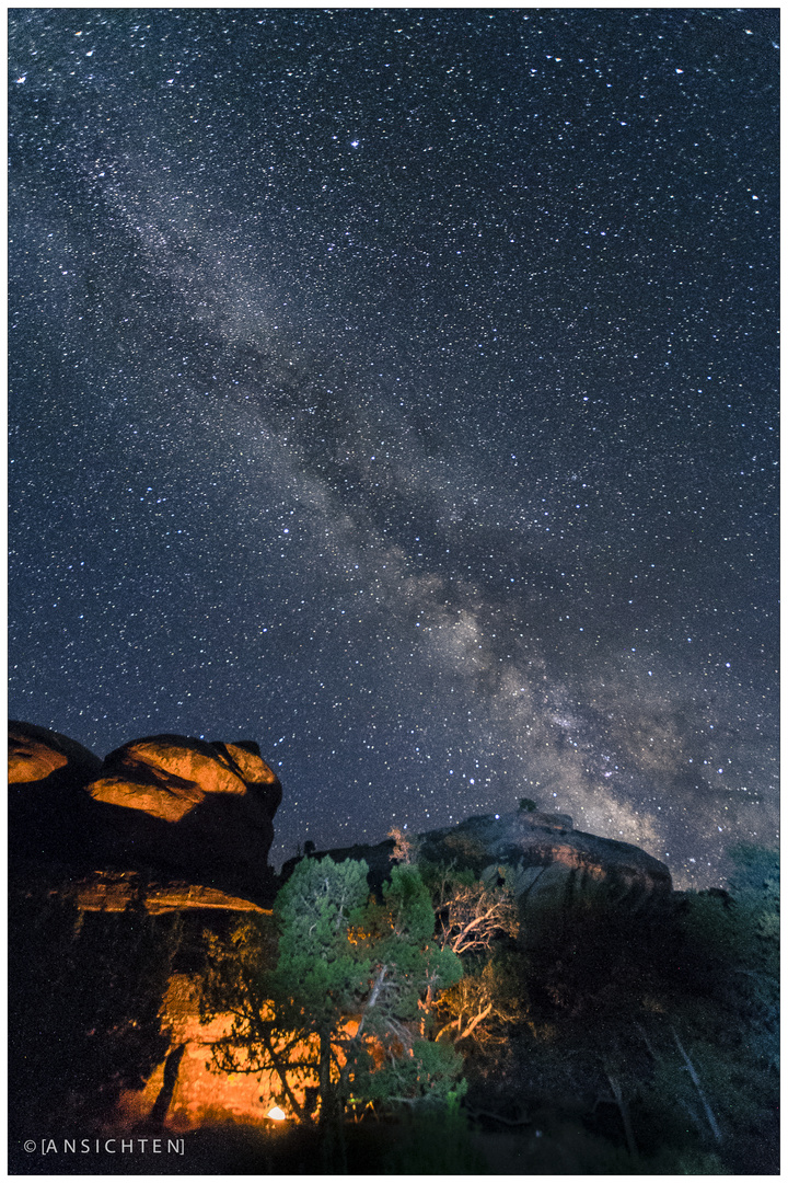 [fire and night sky I canyonlands 02]