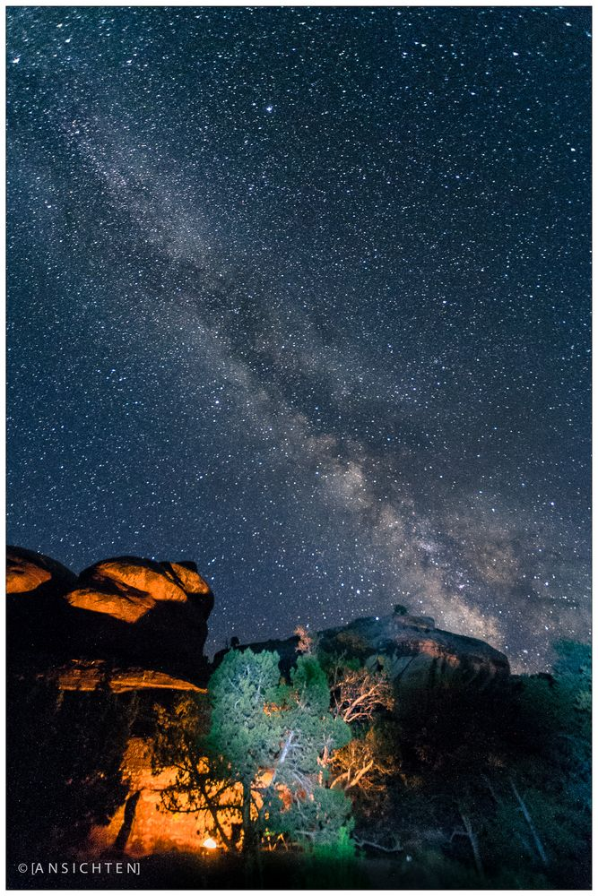 [fire and night sky I canyonlands ]