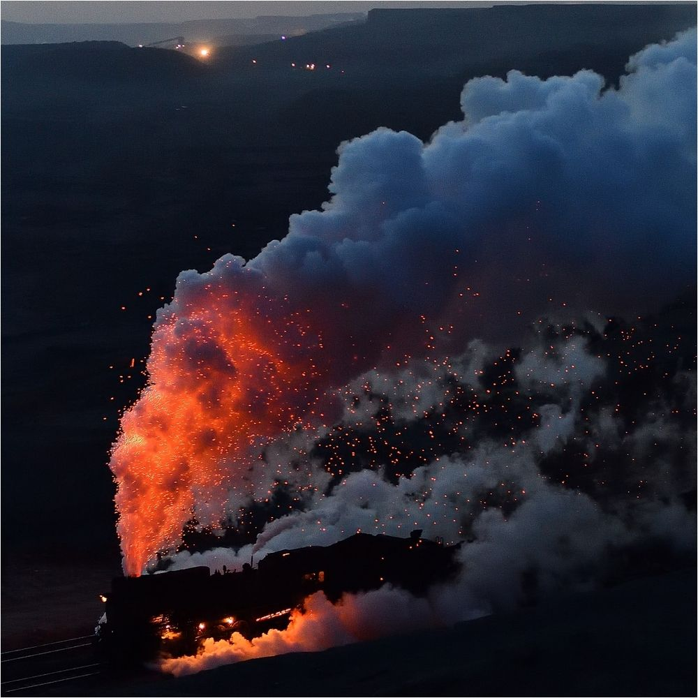 Fire in the Sky IV  -  6x6-Schnitt