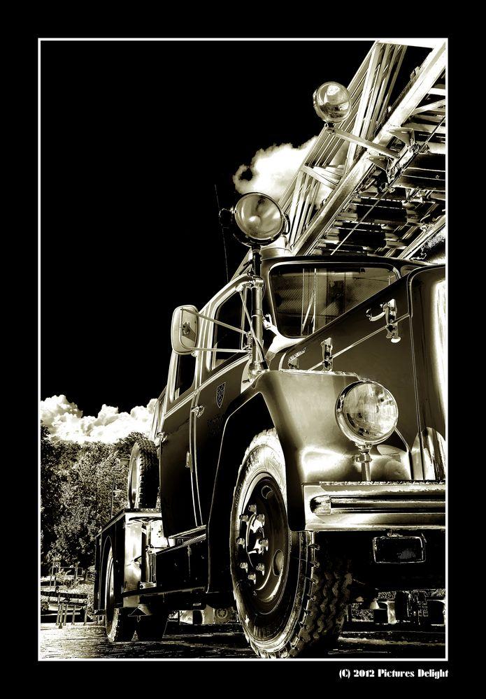 - Fire Truck -
