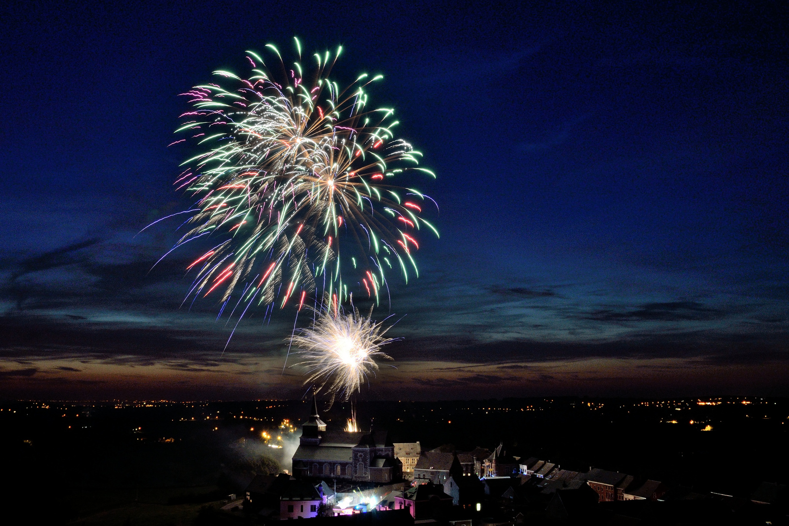 Firework over Clermont 2