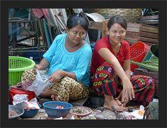 Fisch-Verkäuferinnen