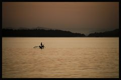Fischer im Morgenlicht