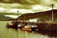 Fischerboote am Pier