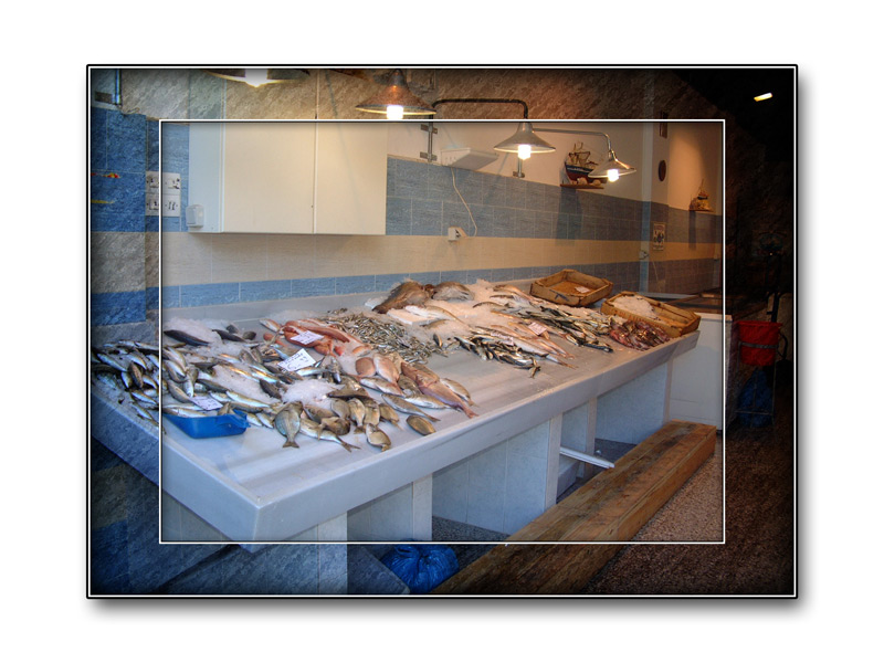Fischladen in Agios Nikolaos ...
