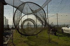 Fischreuse aufgespannt zum Trocknen (Kamminke, Stettiner Haff, Usedom)