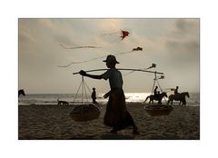 Fischverkäufer am Chaungtha Beach