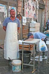 Fischverkäufer in Catania/Sizilien