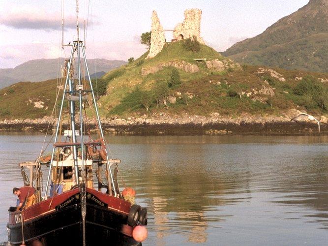 Fisherboat in Kyleakin-Isle of Skye