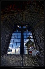 •Fizzy et la vieille chapelle•